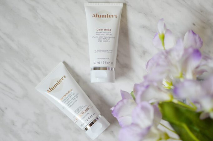 AlumierMD sunscreen is one you should try out if you're looking for chemical-free sunscreen that won't leave that dreaded flashback and residue!