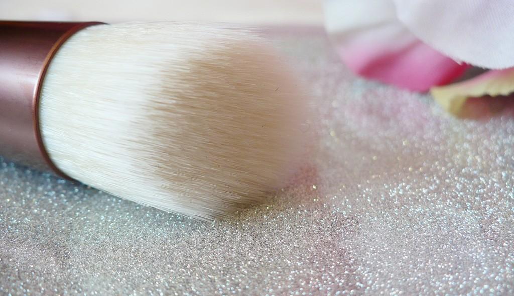ecotools-skin-perfecting-brush-3