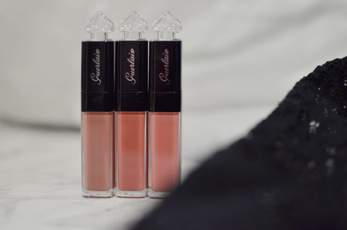 The Guerlain La Petite Robe Noire Lip Colour'Ink expands the brand's foray to target younger audience with its playful/bold colours and unique colour names. Here are Guerlain La Petite Robe Noire Lip Colour'Ink L111 #Flawless, L112 #NoFilter and L113 Candid