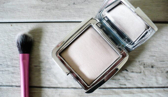 hourglass-ambient-strobe