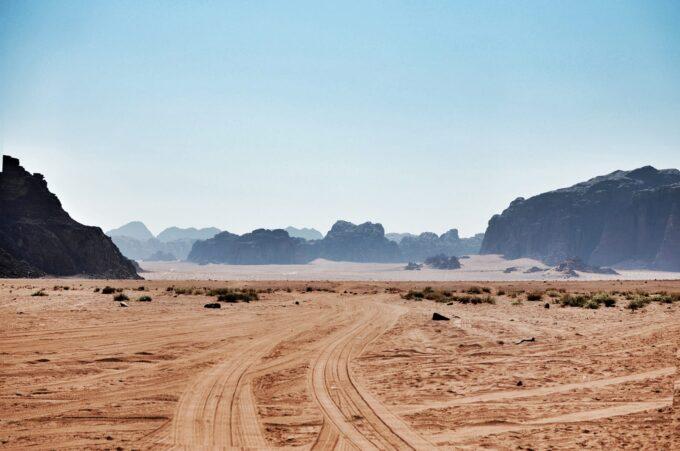 Exploring the beautiful Wadi Rum in Jordan