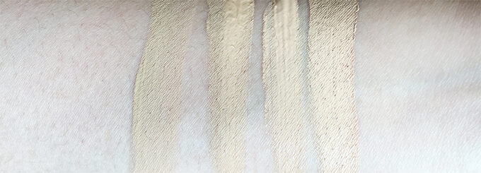 Laura Mercier Silk Creme Photo Edition Foundation