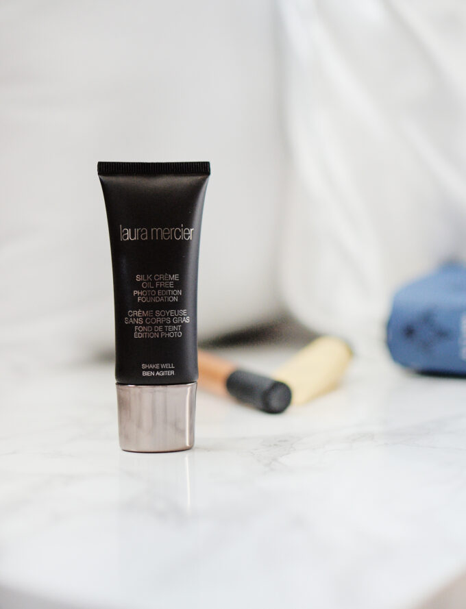 Laura Mercier Silk Creme Photo Edition Foundation Review.