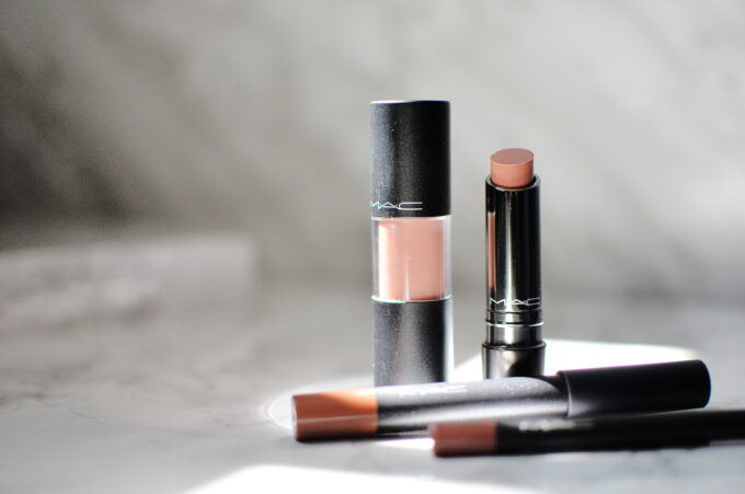 MAC Mother's Day Kit.