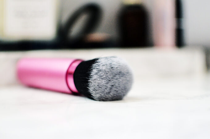 Real Techniques Retractable Kabuki Brush | Review.